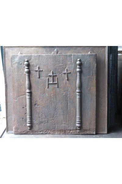 Pilastri con Monogramma IHS