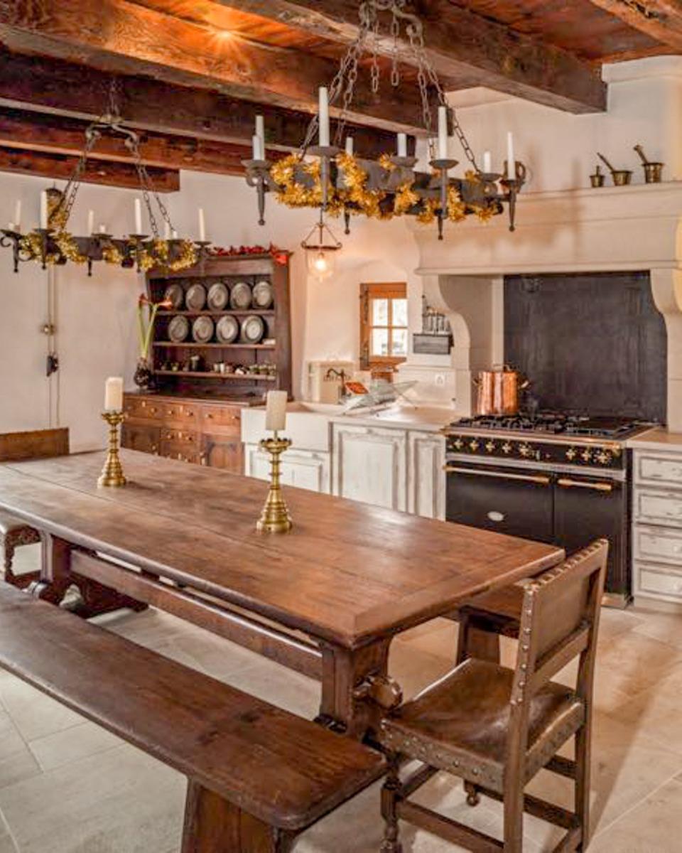 Piastra camino come paraspruzzi da www.piastredelcamino.com